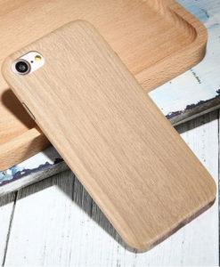 Kryt na iPhone 7 s dreveným motívom svetlo hnedý
